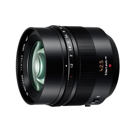 Leica Nocticron 42.5mm f/1.2